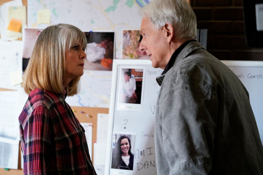 Pam Dawber as Marcie Warren, Mark Harmon as NCIS Special Agent Leroy Jethro Gibbs, in March 2021. | Source: Getty Images