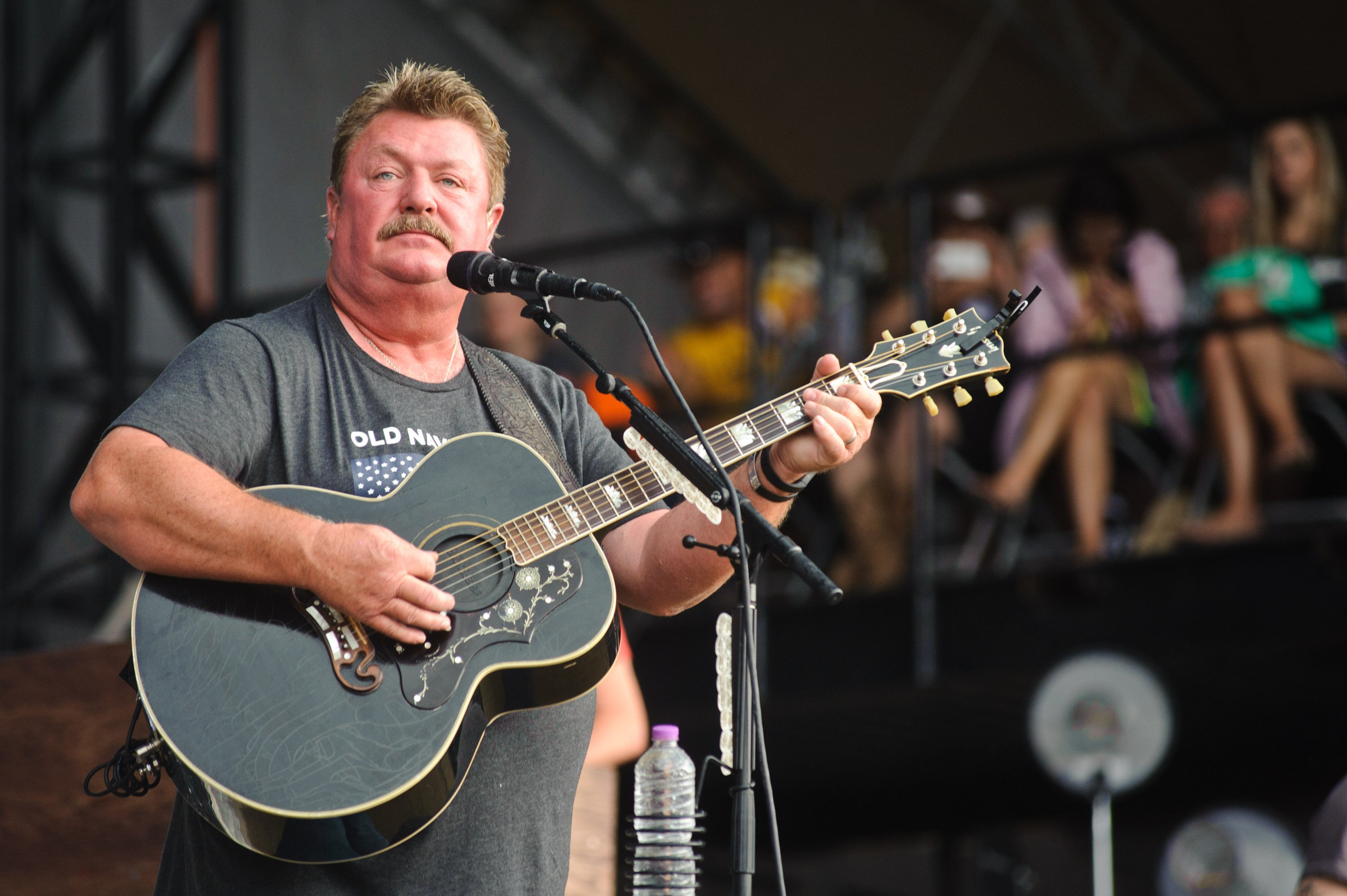 Joe Diffie performs on July 23, 2016 in Twin Lakes, Wisconsin.   Source: Getty Images.