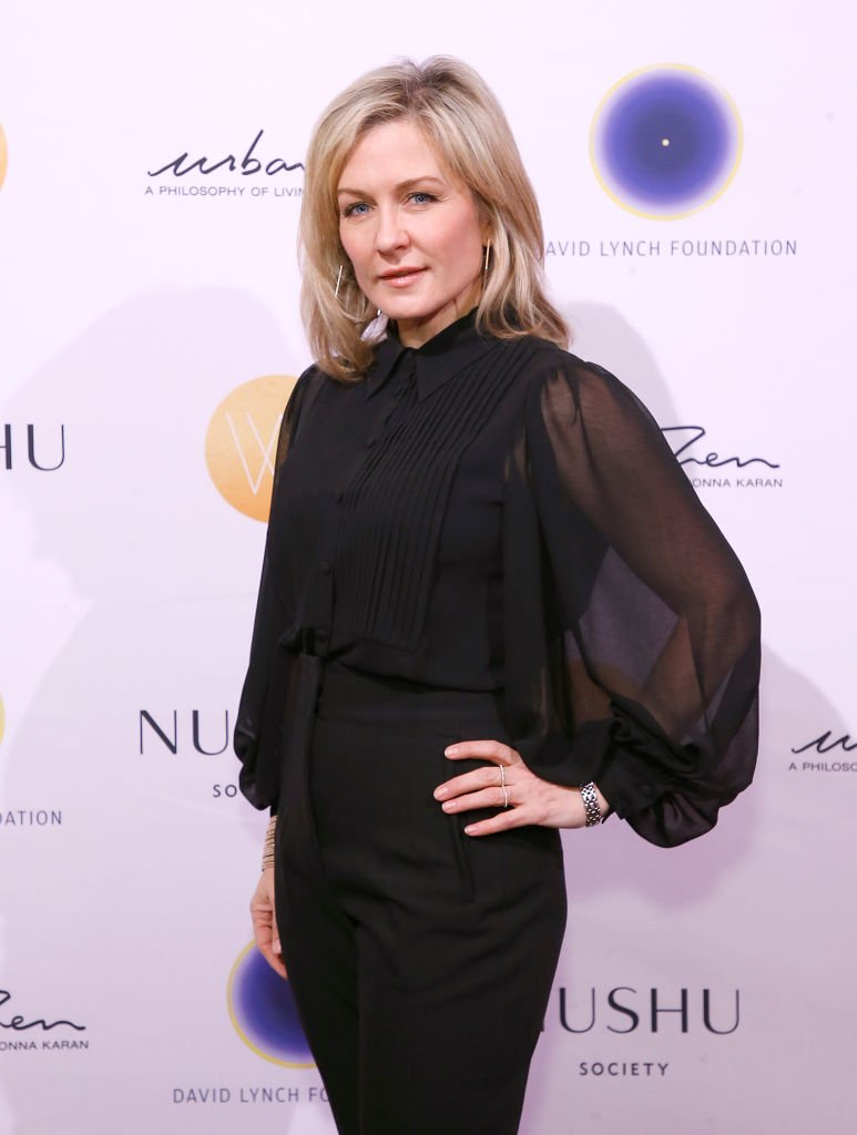 Amy Carlson attends The David Lynch Foundation's Women of Vision Benefit luncheon on December 03, 2019 | Photo: Getty Images