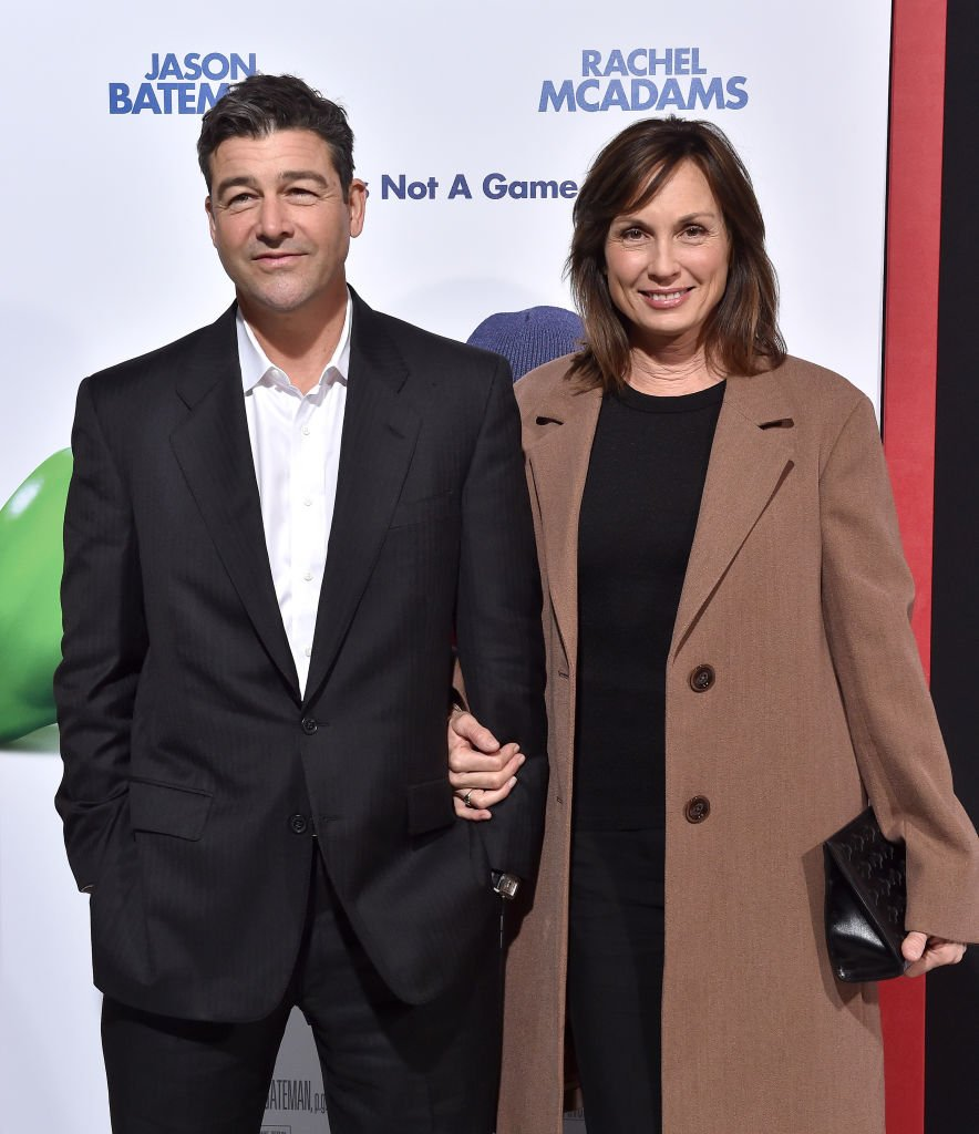 Actor Kyle Chandler and screenwriter Kathryn Chandler arrive at the Los Angeles premiere of 'Game Night' at TCL Chinese Theatre on February 21, 2018 | Photo: Getty Images