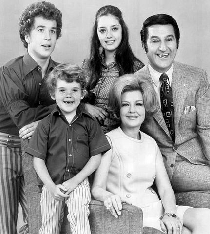 "Back from left: Rusty Hamer (Rusty), Angela Cartwright (Linda), Danny Thomas (Danny Williams). Front from left: Michael Hughes (grandson Michael), Marjorie Lord (Kathy Williams). Cast of ""Make Room for Daddy"" in 1970. 