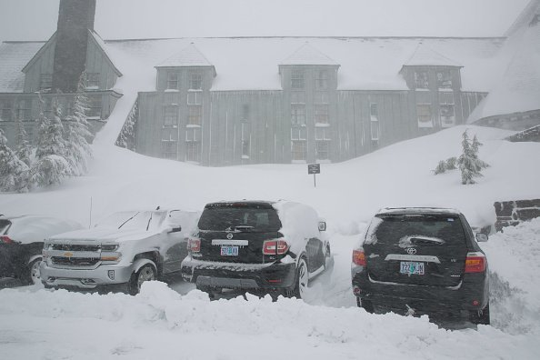 A view of Mt. Hood's Timberline Lodge and Ski Bowl during a snowfall | Photo: Getty Images