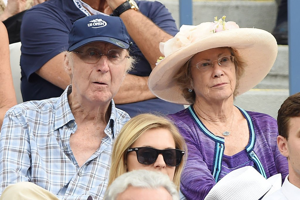 Gene Wilder and Karen Boyer attend day 13 of the 2014 US Open at USTA Billie Jean King National Tennis Center | Photo: Getty Images