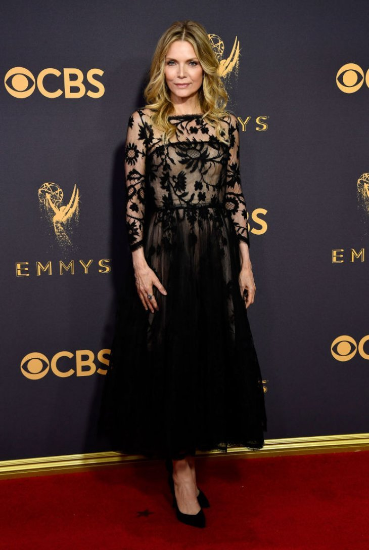 Michelle Pfeiffer attends the Primetime Emmy Awards in Los Angeles, California on September 17, 2017 | Photo: Getty Images