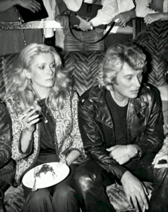 Catherine Deneuve et Johnny Hallyday. Photo : Youtube / Paris Popular