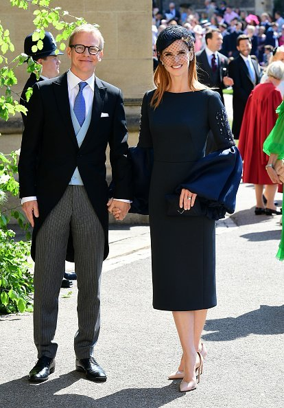 Sarah Rafferty and her husband Aleksanteri Seppala arrive at St George's Chapel at Windsor Castle before the wedding of Prince Harry to Meghan Markle on May 19, 2018 in Windsor, England. | Source: Getty Images.