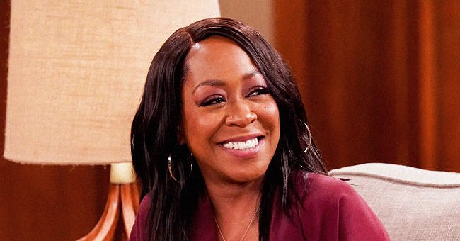 Tichina Arnold Looks Like a Catwalk Queen with Her Abs on Display in a Checkered Bikini (Video)