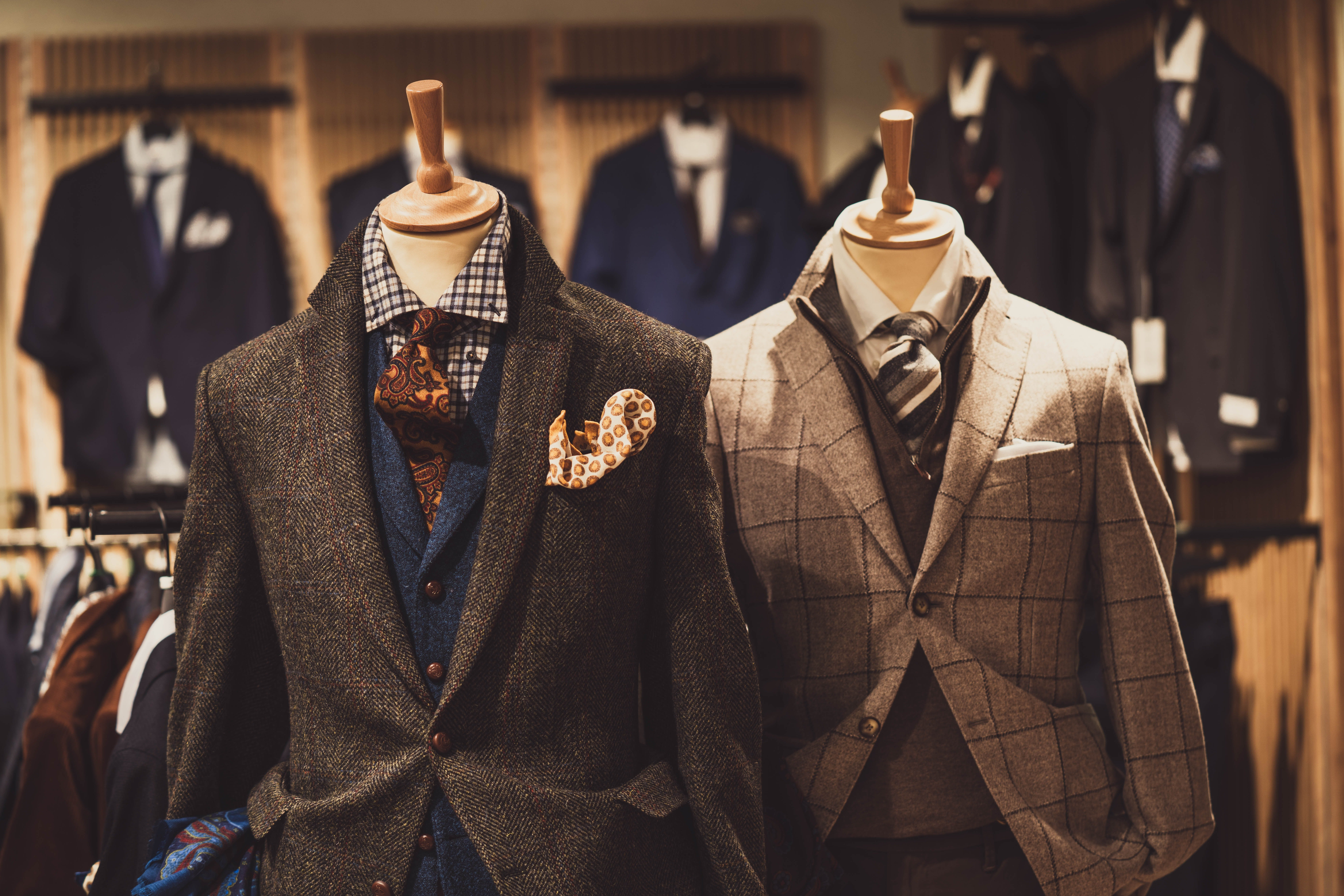 Jane wandered into the suit section and came away with a tuxedo that fit her perfectly | Source: Pexels