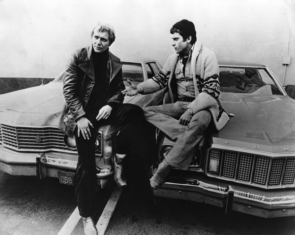 "David Soul and Paul Michael Glaser on the set of ""Starsky And Hutch"" circa 1978 