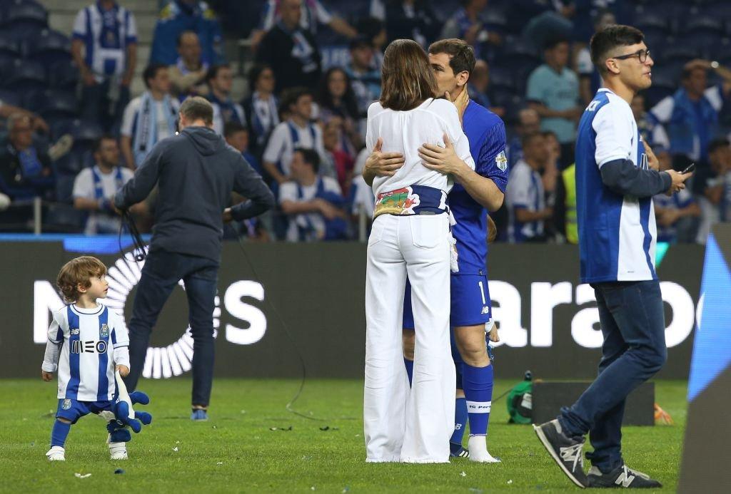La pareja se besó durante las celebraciones del Campeonato FC Porto. l Fuente: Getty Images