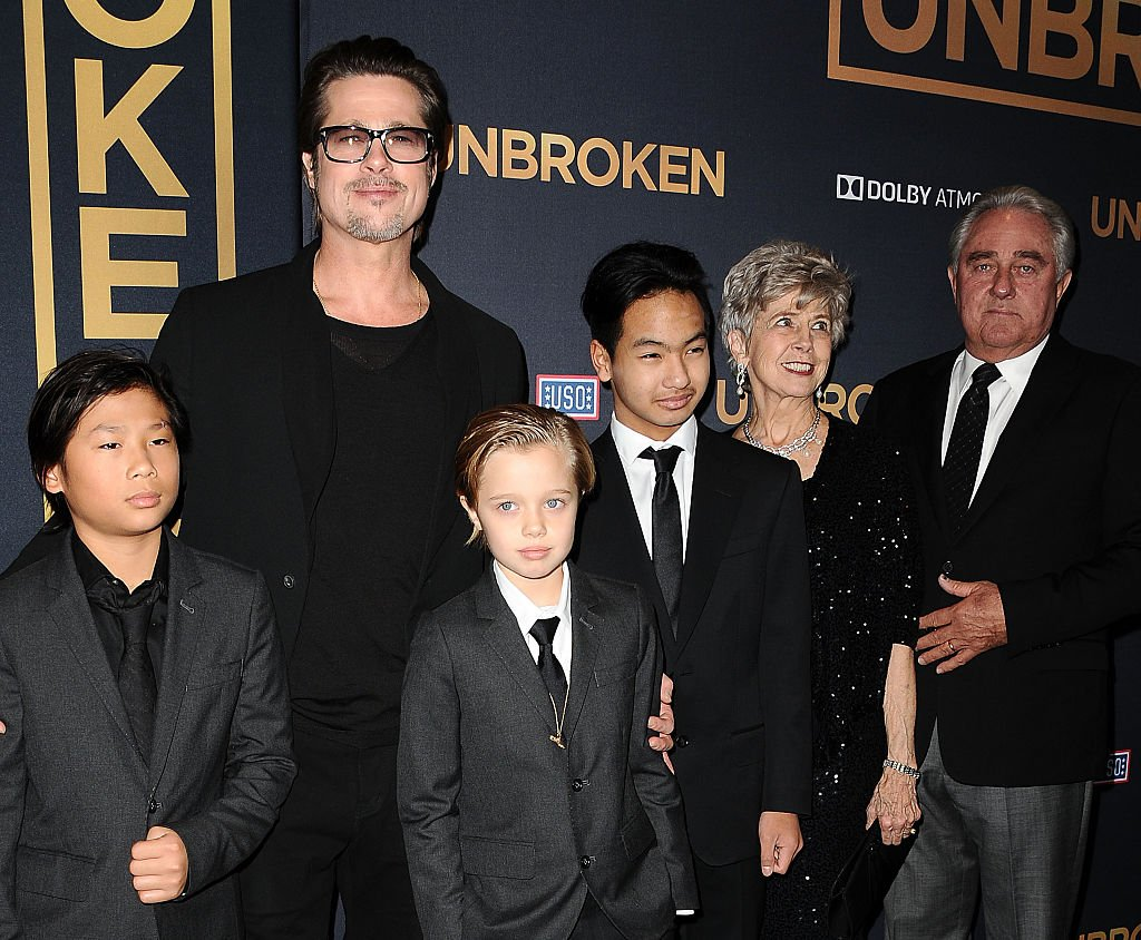 """Brad Pitt , his children, and his parents Jane and William Pitt at the premiere of """"Unbroken"""" at TCL Chinese Theatre IMAX on December 15, 2014 in Hollywood, California.   Photo: Getty Images"""