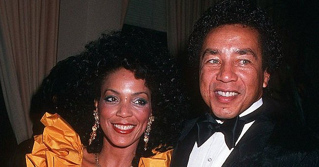 Smokey Robinson's Ex-wife Claudette Looks Half Her Age Smiling in a Blue Off-Shoulder Blouse in New Clip