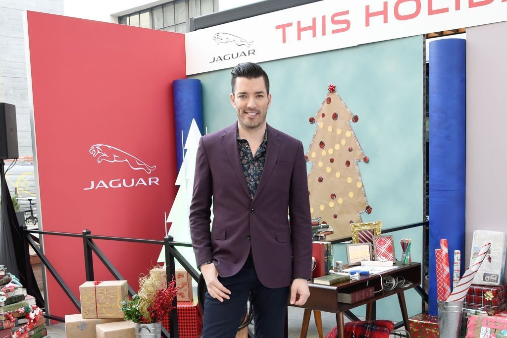 #UnwrapAJaguar, Jaguar and Jonathan Scott, Host of HGTV'S Property Brothers, Celebrate Sustainability This Holiday Season with 9 Ways to Make Your Holiday's More Eco-friendly at ROW DTLA | Photo: Getty Images