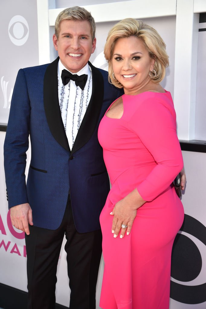 Todd and Julie Chrisley at the 52nd Academy Of Country Music Awards at Toshiba Plaza on April 2, 2017 in Las Vegas, Nevada   Photo: Getty Images
