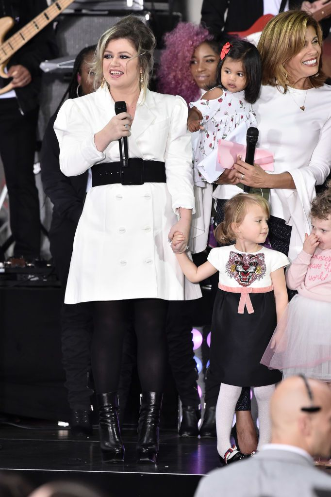 """Kelly Clarkson and her daughter River Rose at NBC's """"Today"""" Celebrates The International Day Of The Girl at Rockefeller Plaza in 2018 in New York City 