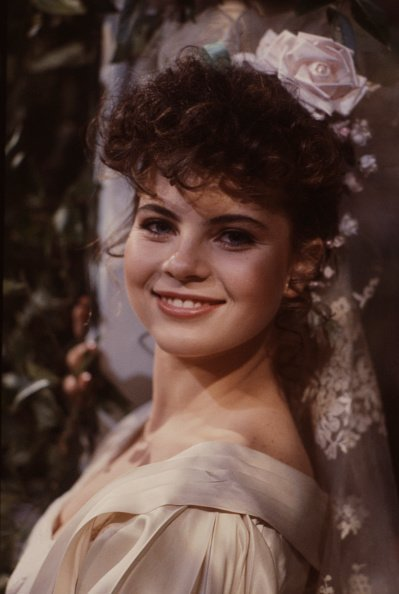 "Yasmine Bleeth appearing on the soap opera ""Ryan's Hope"" in 1985. 