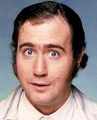 A portrait picture of Andy Kaufman. | Source: Wikipedia.