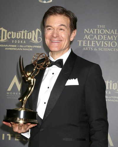 Dr. Mehmet Oz at the 44th Daytime Emmy Awards on April 30, 2017, in Pasadena, CA. | Source: Shutterstock