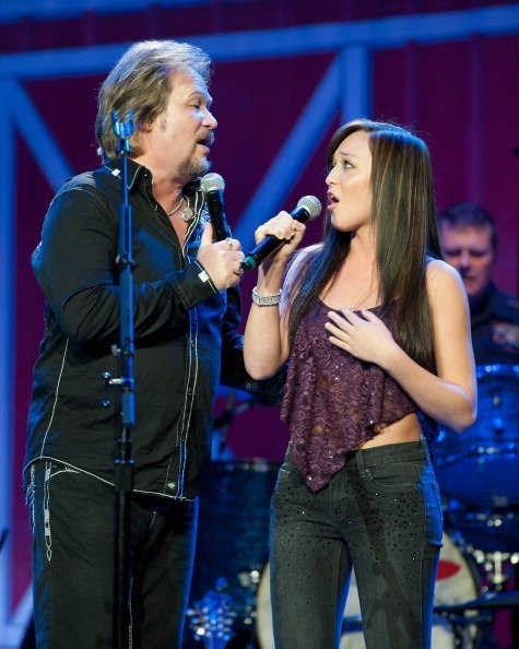 Travis Tritt performs with his daughter, Tyler Reese Tritt, during Marty Stuart's 13th Annual Late Night Jam | Image: Getty Images