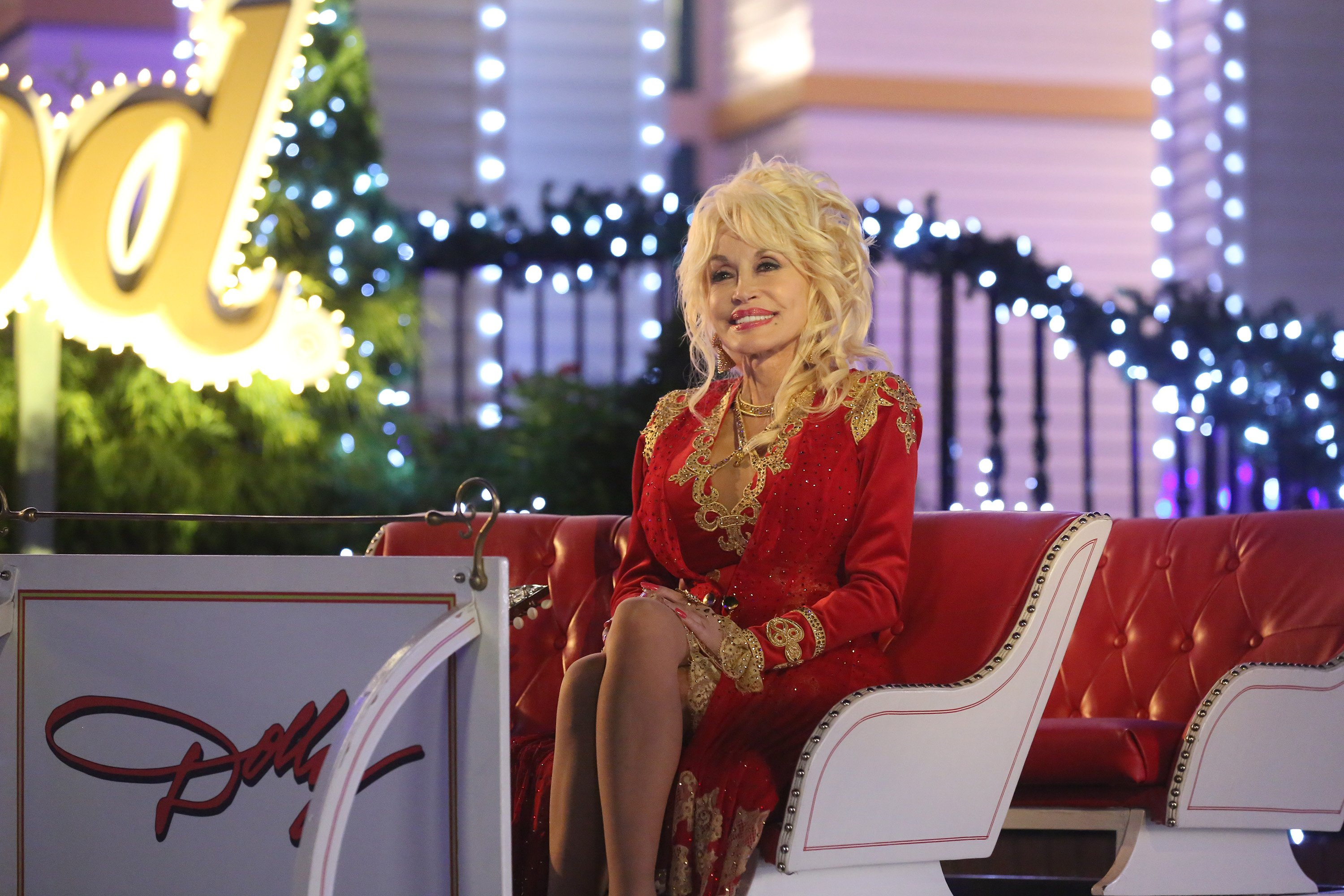 Dolly Parton's Coat of Many Colors - Staffel 1, 2015. | Quelle: Getty Images