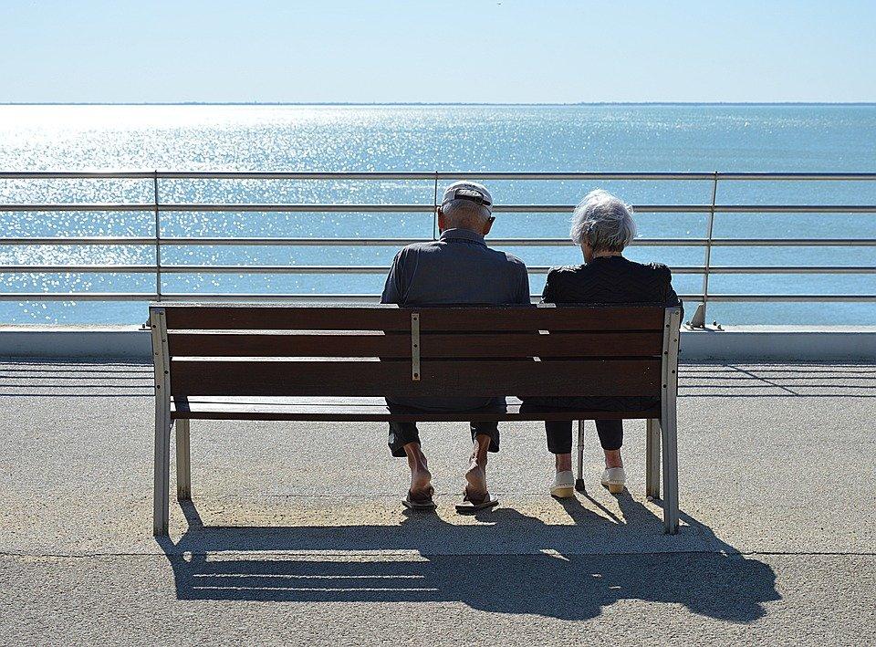 Un couple âgé. | Photo : Pixabay