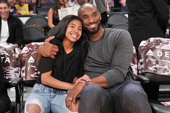 Kobe Bryant and his daughter Gianna Bryant at Staples Center on November 17, 2019 | Photo: Getty Images