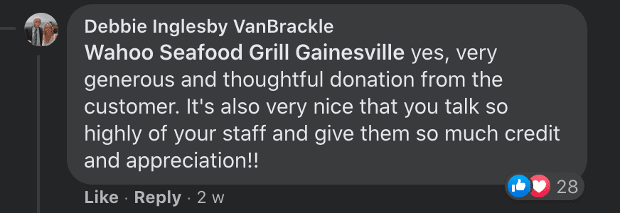 Commenters commend the generous donation given to restaurant staff by a kind customer | Photo: Facebook/Wahooseafoodgrilltally