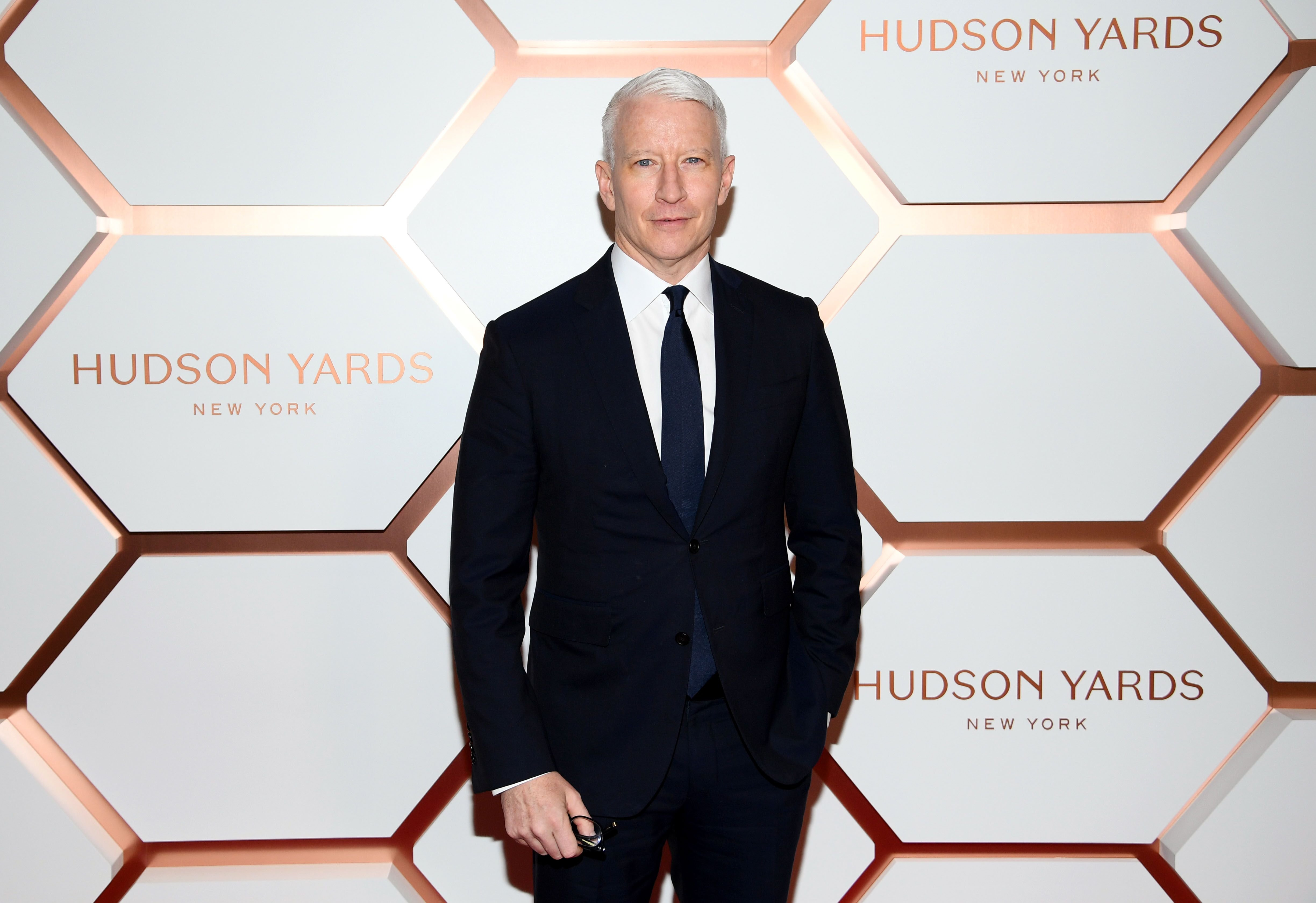 Anderson Cooper at Hudson Yards, New York's Newest Neighborhood, Official Opening Event on March 15, 2019 | Photo: Getty Images