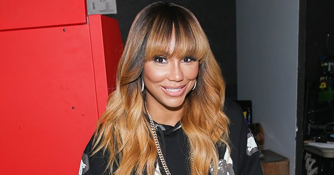 Fans Praise Tamar Braxton for Showing Her 6-Pack While Flaunting Her Señorita Look With Red Flower in Her Hair