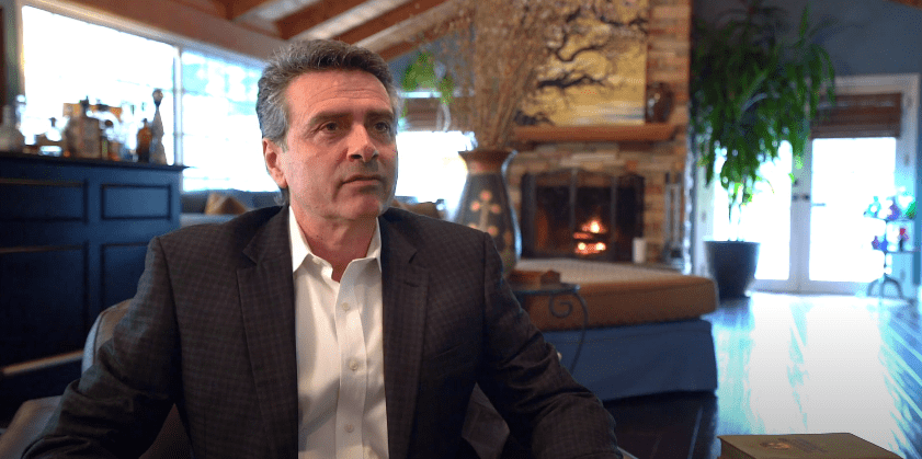 Photo of Tony DeFranco during an interview | Photo: Youtube / Tony DeFranco Luxury Real Estate