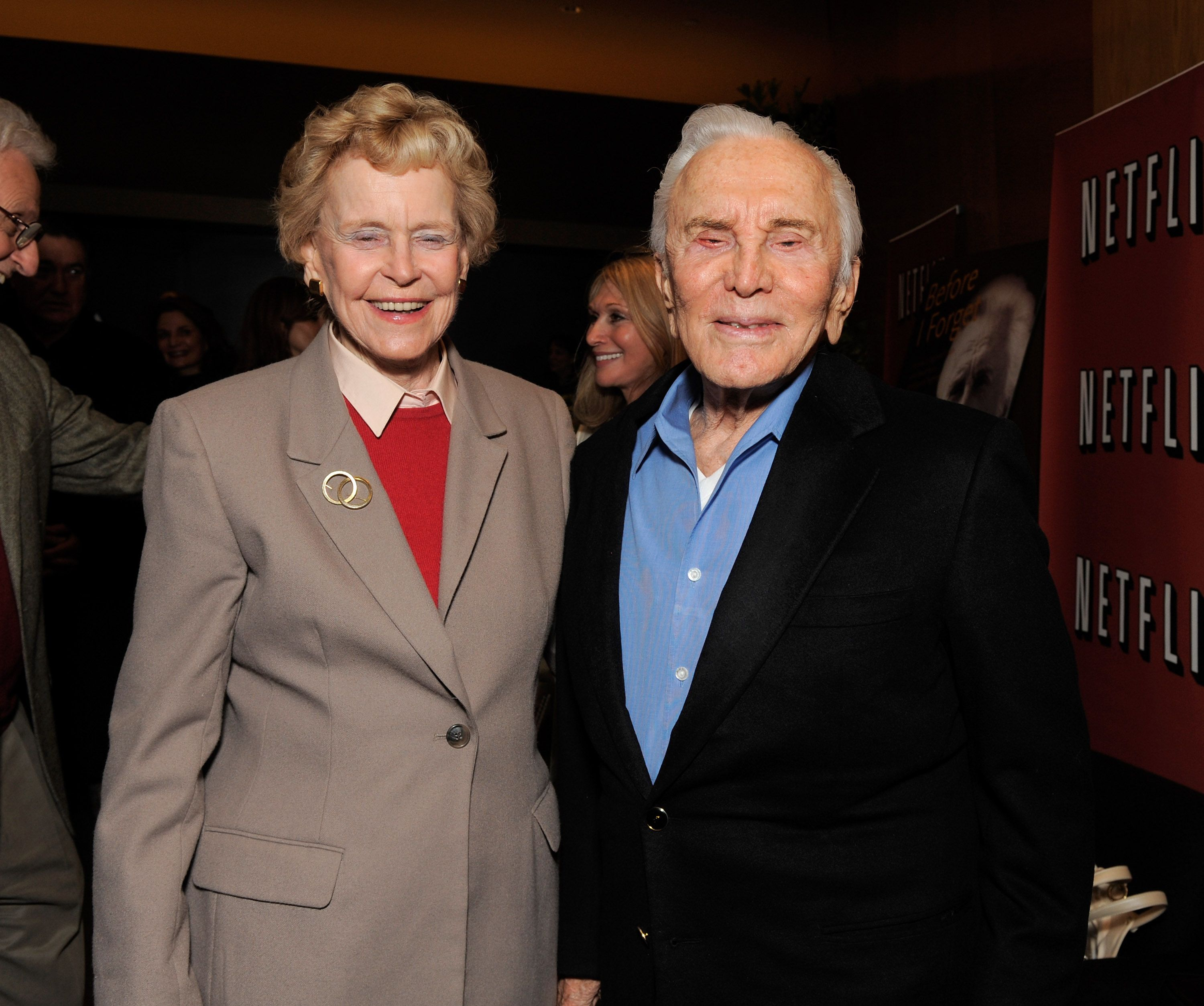 Kirk Douglas and his wife Anne Buydens| Photo: Getty Images