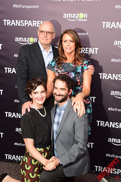 Jeffrey Tambor, Amy Landecker, Jay Duplass and Gaby Hoffmann, 2015. | Source: Wikimedia Commons