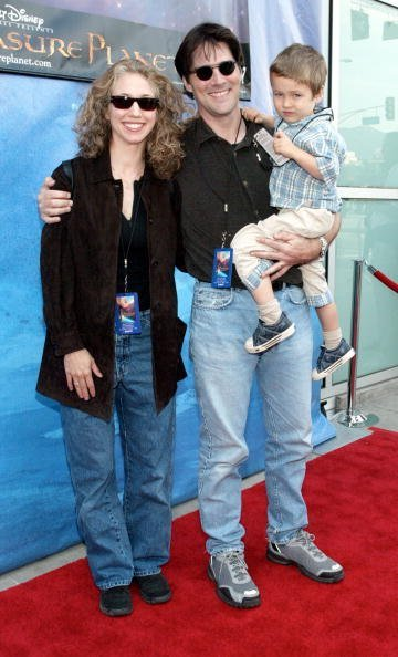 """Thomas Gibson and his family attend the film premiere of """"Treasure Planet"""" at The Cinerama Dome on November 17, 2002 in Hollywood, California. The film opens nationwide on November 27, 2002. 