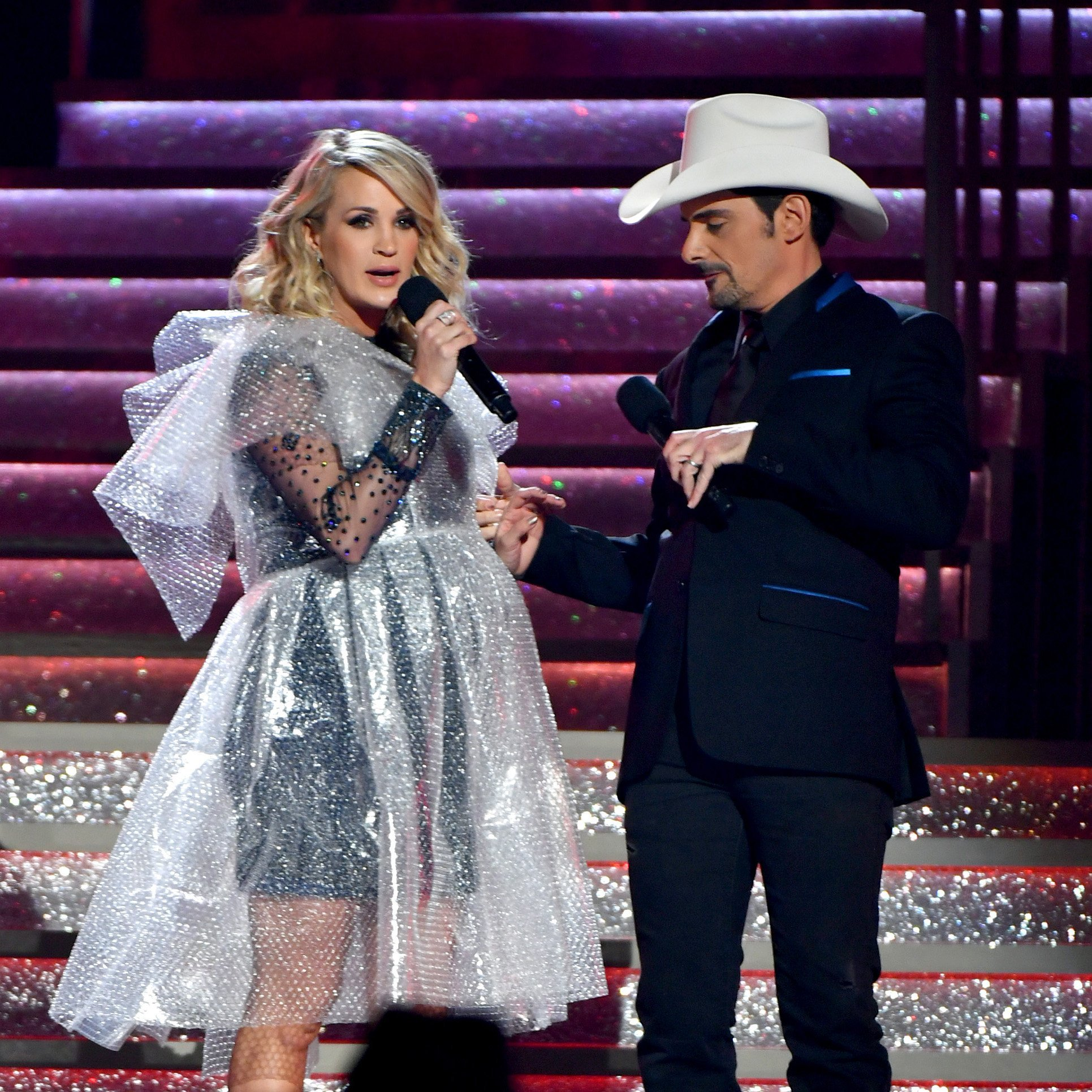 Brad Paisley and Carrie Underwood co-hosting the 52nd annual CMA Awards at the Bridgestone Arena on November 14, 2018 in Nashville, Tennessee | Photo: Getty Images