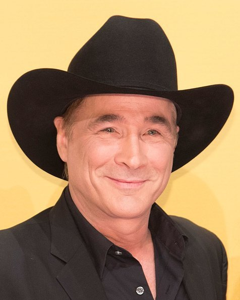 Clint Black at the 50th annual CMA Awards on November 2, 2016 | Photo: Getty Images
