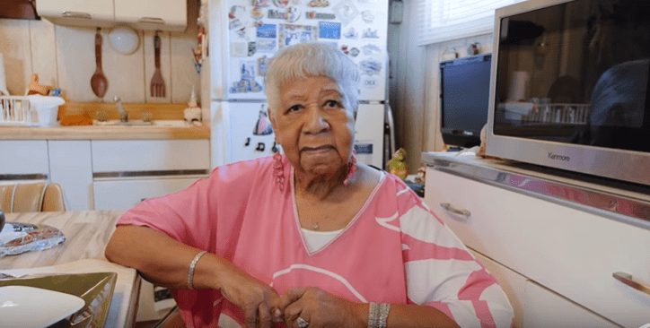 Marjorie Stephens, John Legend's grandmother, at her home in Ohio  | Source: YouTube/Chrissy Teigen