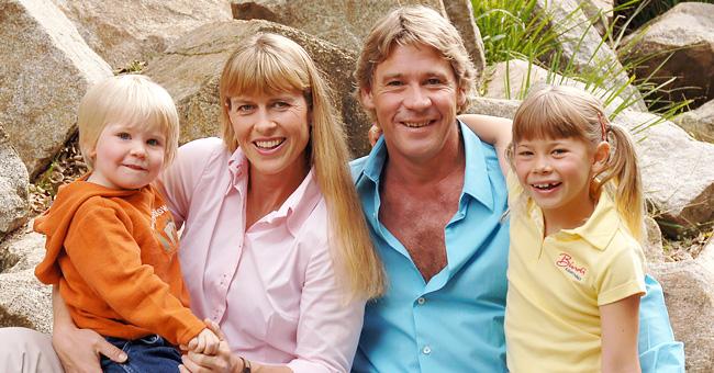 La fille de Steve Irwin, Bindy, s'est fiancée pour son 21ème anniversaire