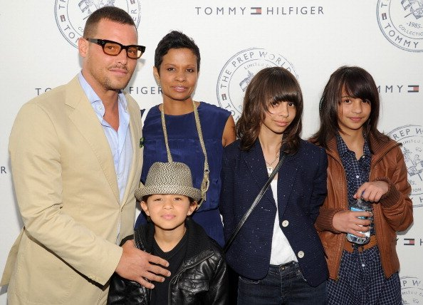 Justin Chambers and Keisha Chambers with children arrive for Tommy Hilfiger and Lisa Birnbach Celebration of Prep World | Photo: Getty Images