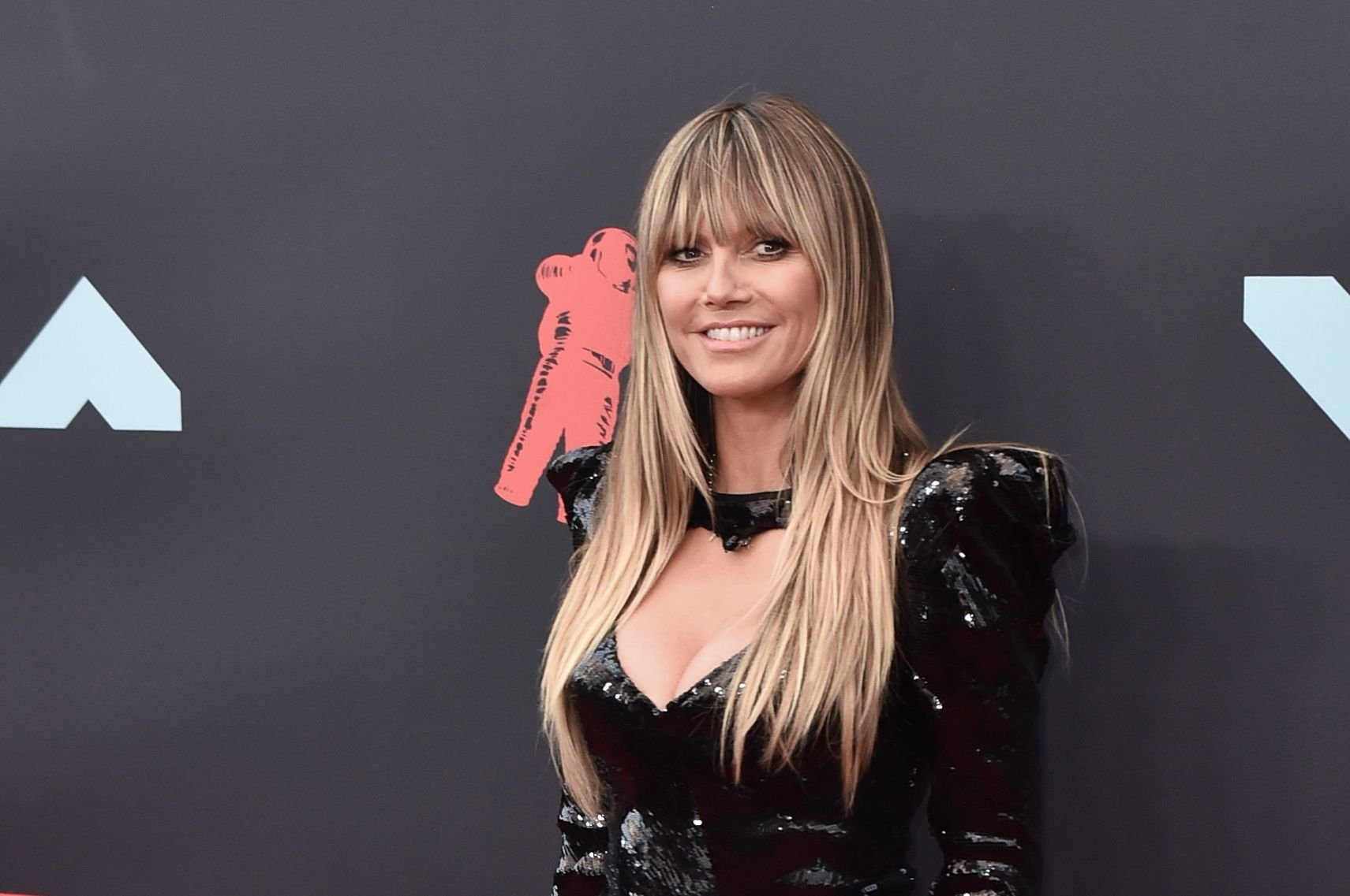 Model Heidi Klum at the 2019 MTV Video Music Awards red carpet at Prudential Center on August 26, 2019 | Photo: Getty Images
