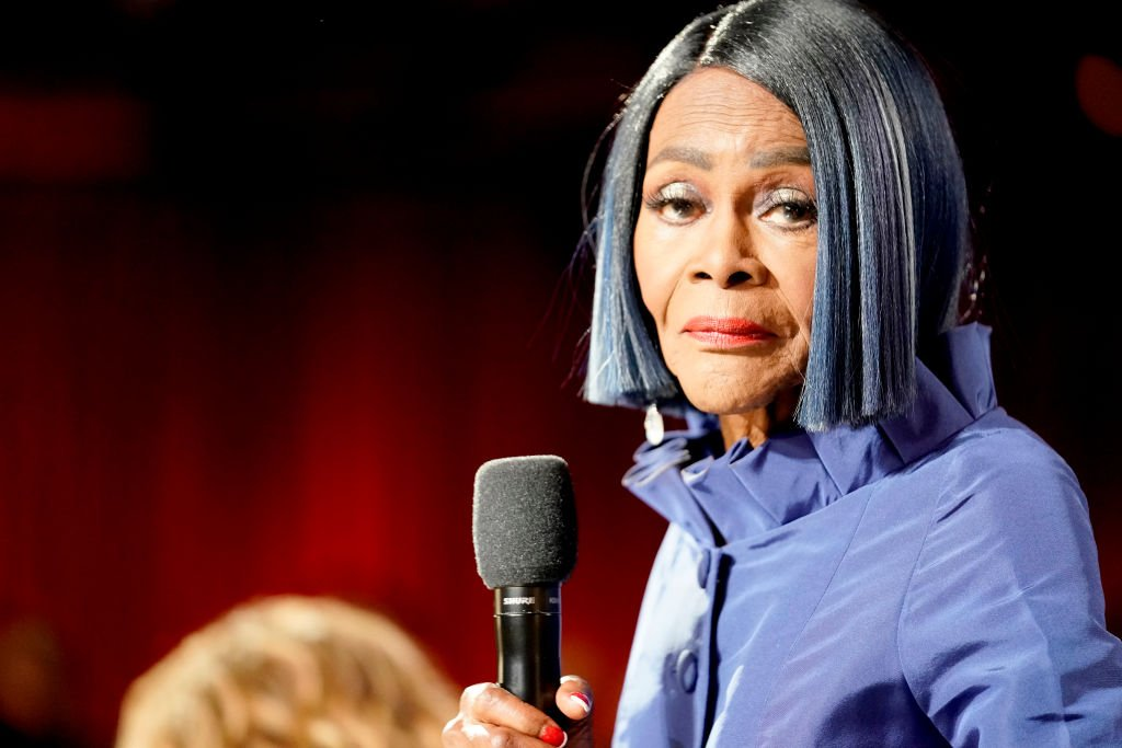 Cicely Tyson speaks onstage at the 47th AFI Life Achievement Award honoring Denzel Washington at Dolby Theatre | Photo: Getty Images