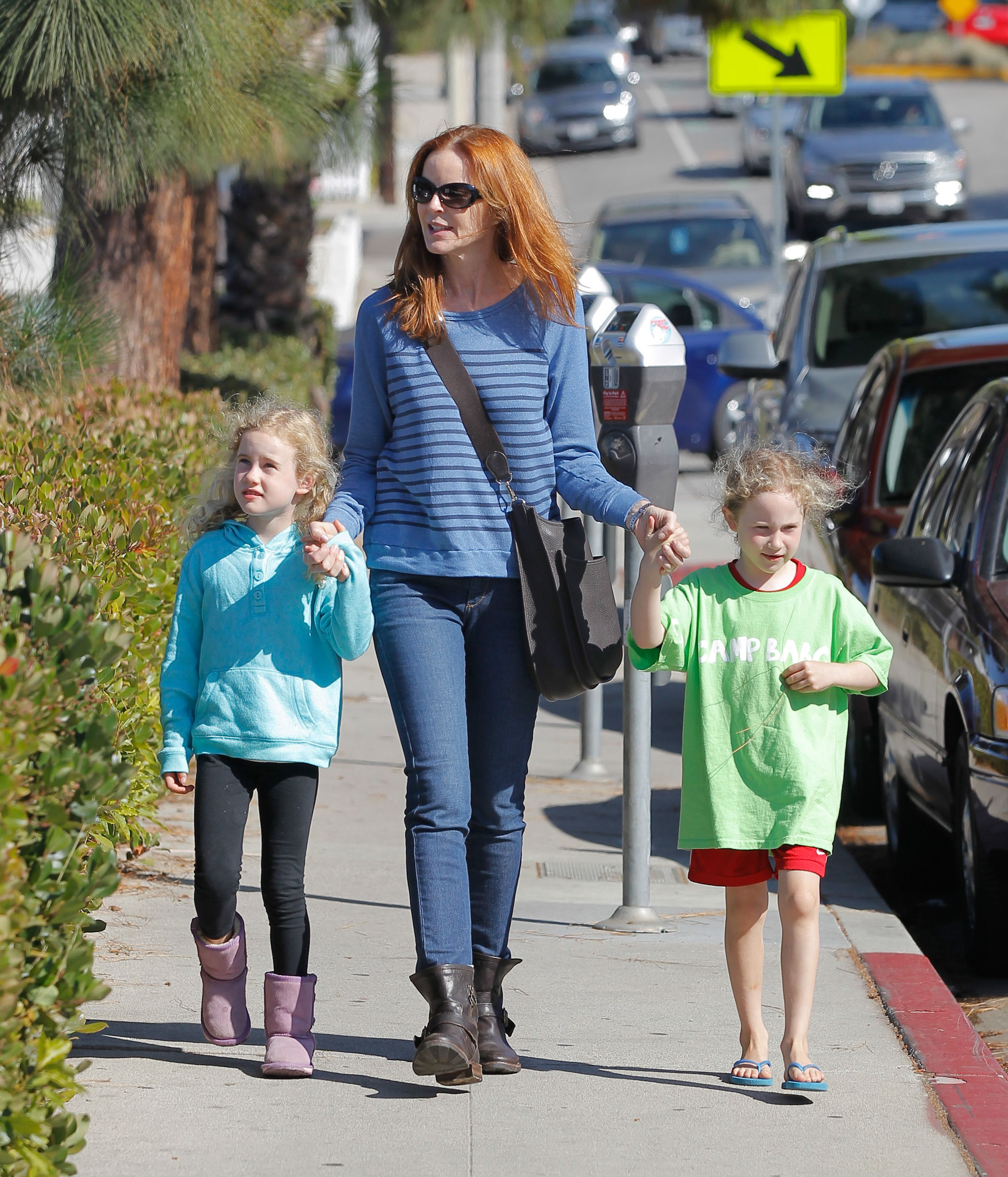 Marcia Cross and her daughters Savannah Mahoney and Eden Mahoney are seen on August 10, 2013 in Los Angeles, United States. | Source: Getty Images