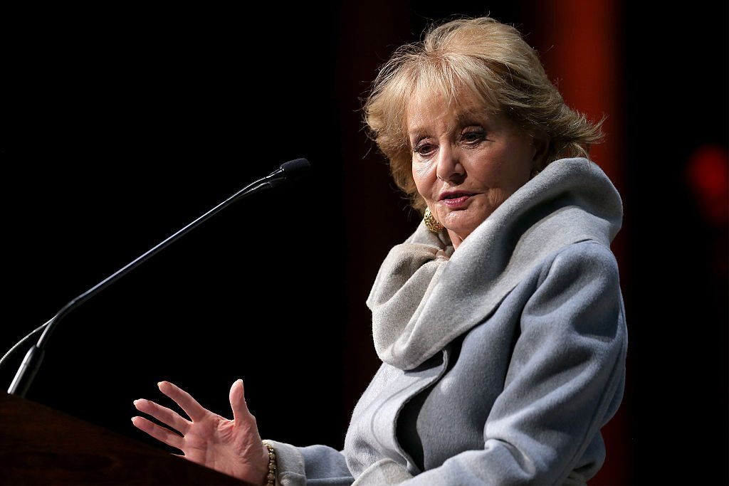 Barbara Walters (L) speaks onstage at the 2014 Women's Media Awards at Capitale | Getty Images