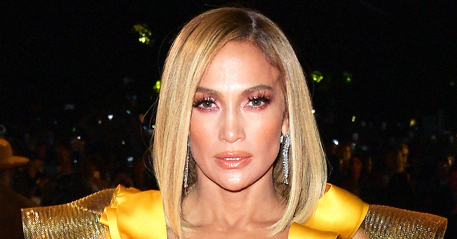Jennifer Lopez Debuts New Ultra Blonde Hair at the 'Hustlers' Premiere