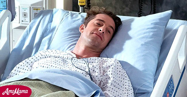 """A picture of Scott Speedman on a hospital bed during a scene on """"Grey's Anatomy"""" 