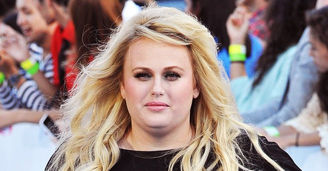 Makeup-Free Rebel Wilson Flaunts Her Slim Waist in a White Disney T-Shirt