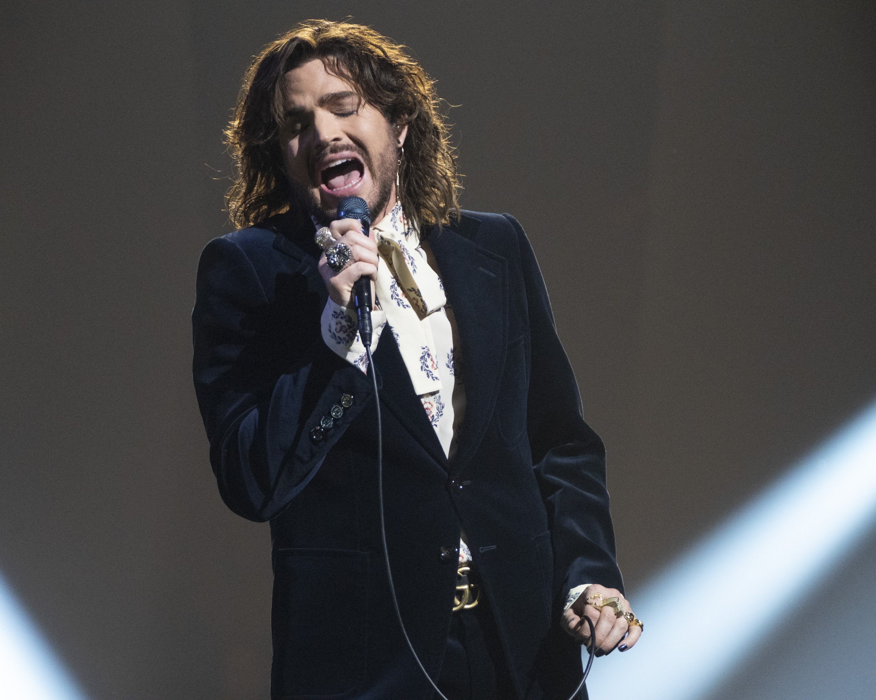 """Following a cross-country search for the next singing sensation, """"American Idol"""" rounds out its second season on Walt Disney Television via Getty Images with an epic grand finale event, featuring """"Idol""""'s Top 3 contestants. Photos: Getty Images"""