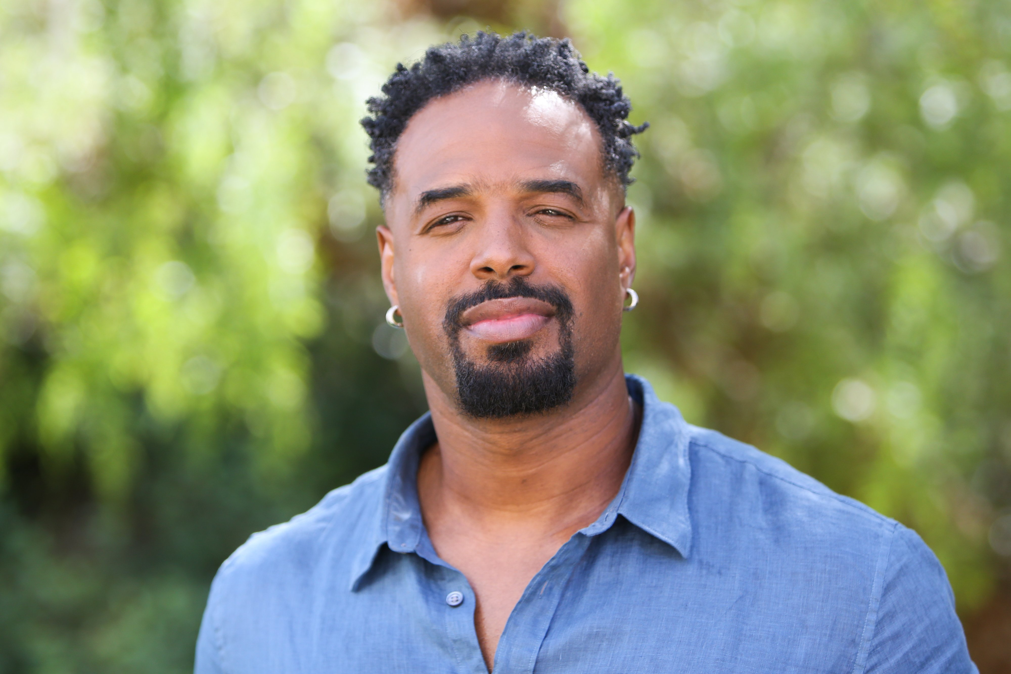 """Shawn Wayans visits Hallmark Channel's """"Home & Family"""" at Universal Studios Hollywood on September 11, 2019   Photo: Getty Images"""