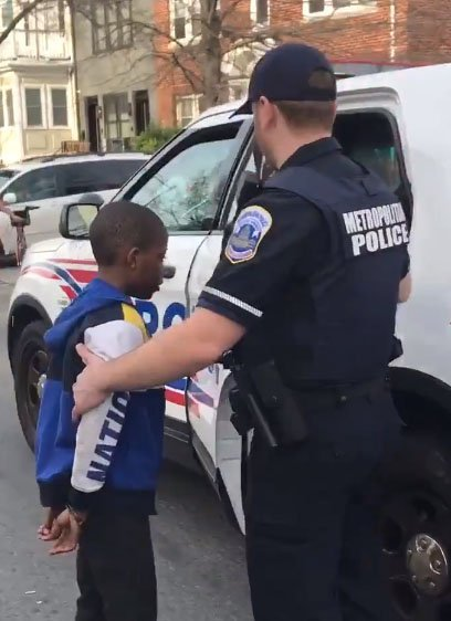 10-year-old arrested. | Source: Twitter/ aspiring basketball wife @beathemost