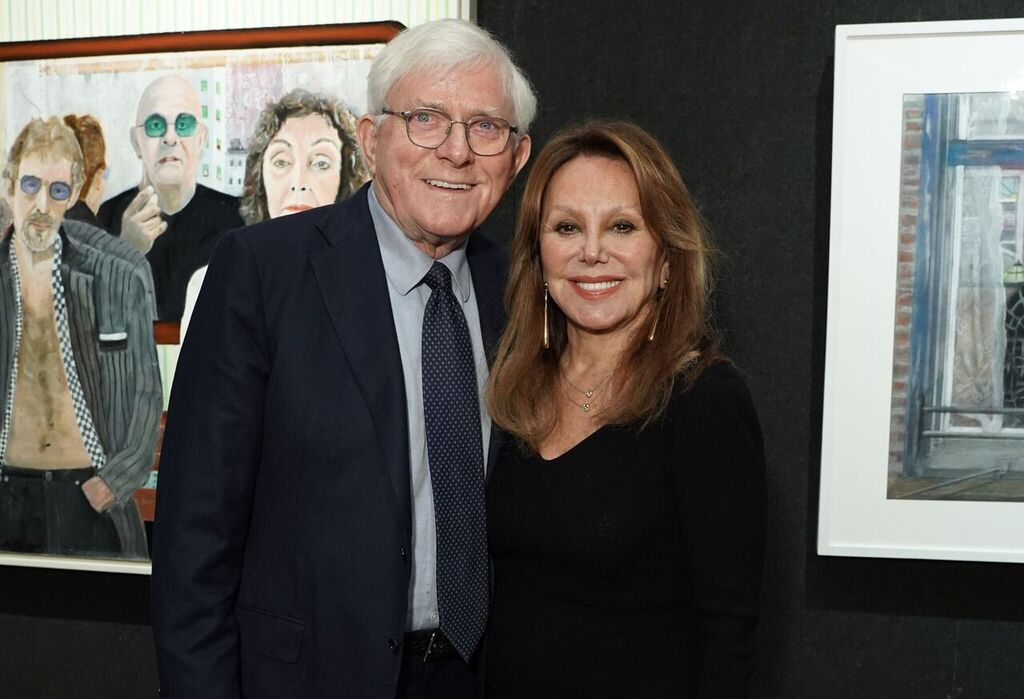 Phil Donahue and Marlo Thomas attend Joseph Fioretti exhibition at The National Arts Club on October 05, 2019 in New York City. | Source: Getty Images
