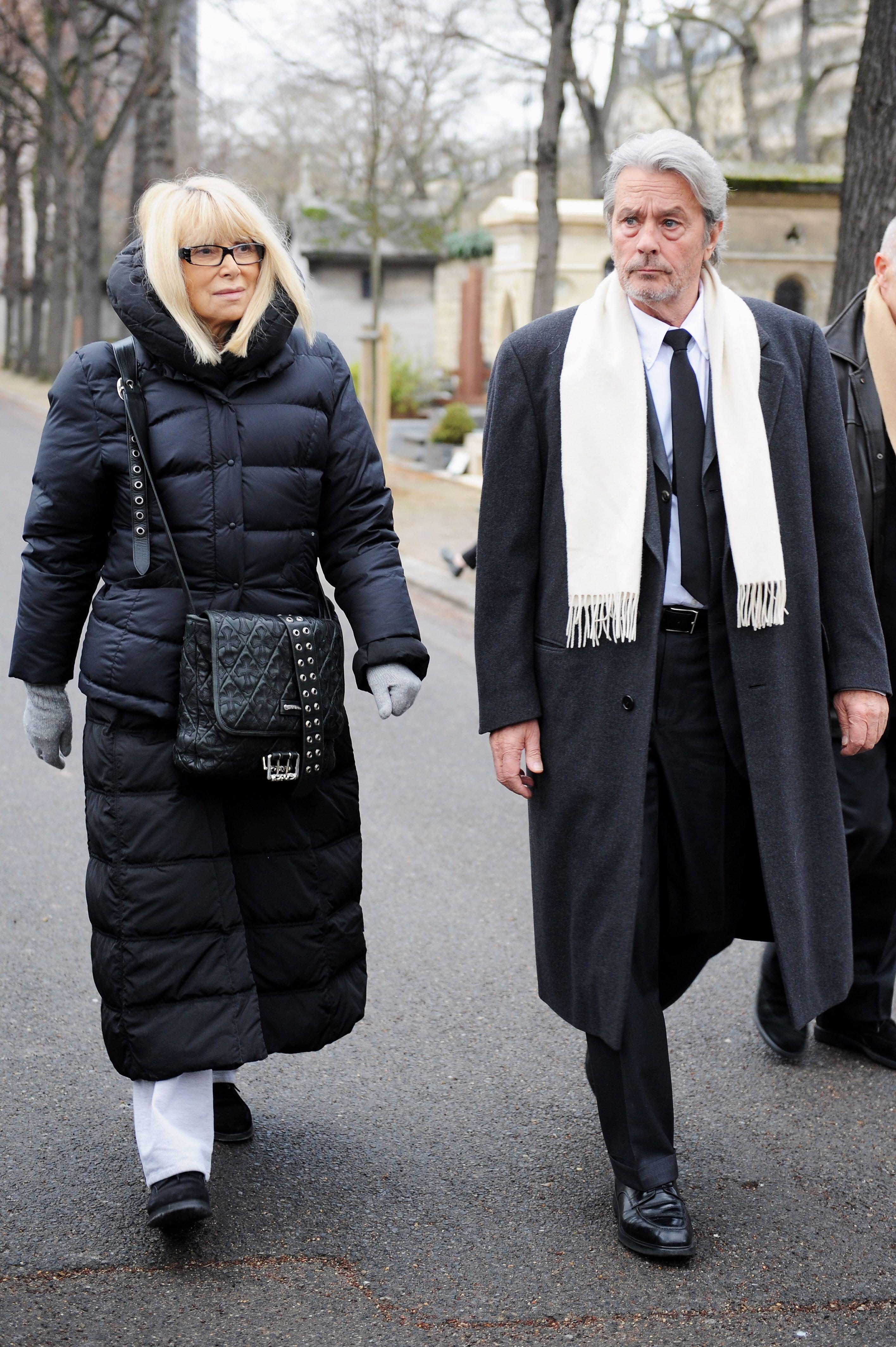 Alain Delon et Mireille Darc. l Source: Getty Images